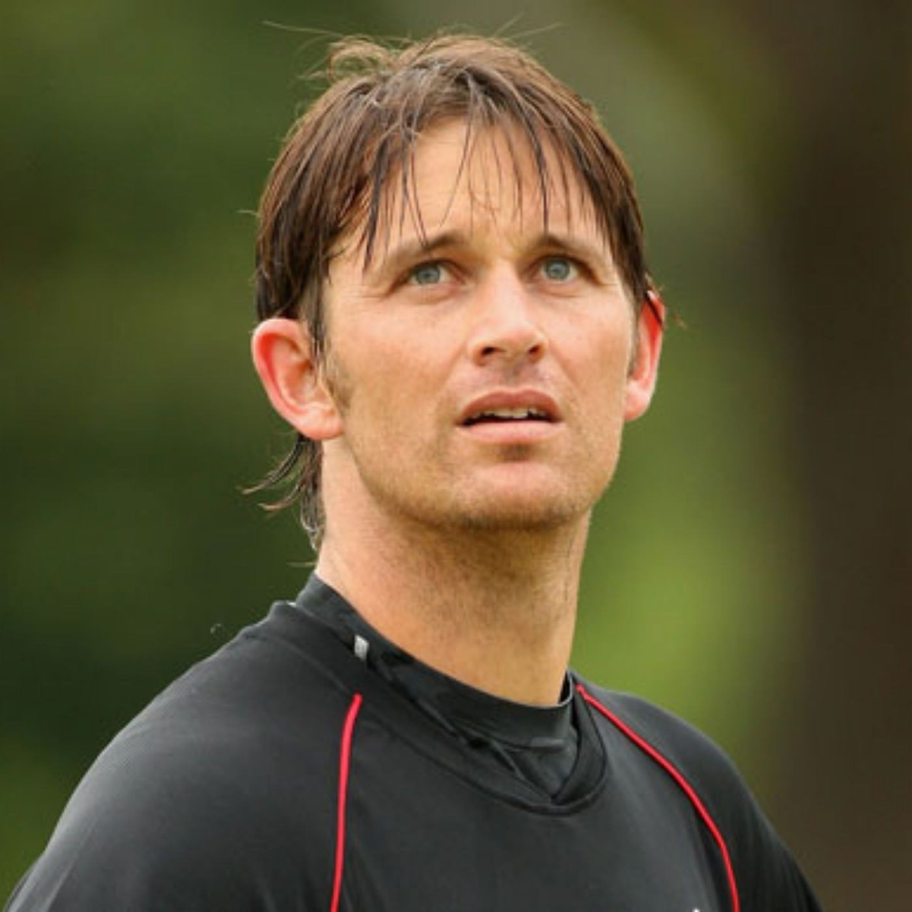 Shane Bond on bowling fast, bouncing back and coaching the best